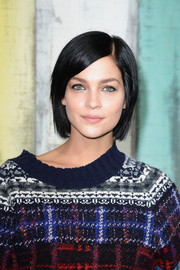 Leigh Lezark styled her hair in a sleek bob for the Chanel fashion show.