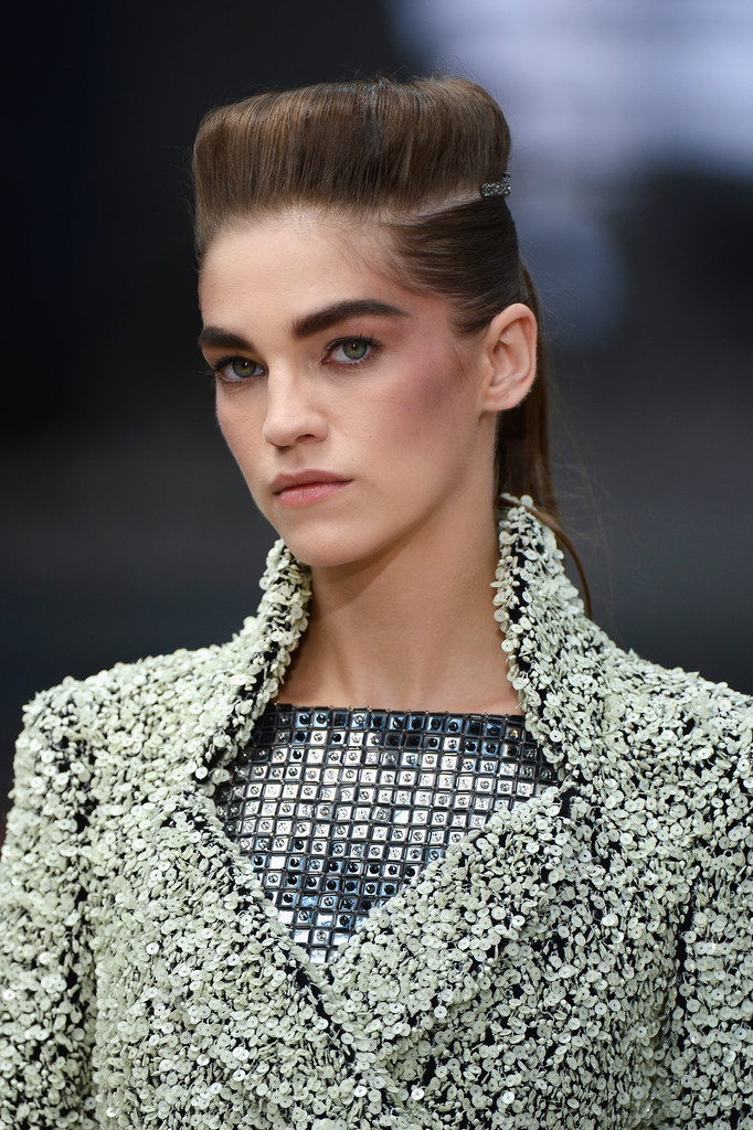 Chanel bouffant ponytails fall 2013 haute couture for American haute couture designers