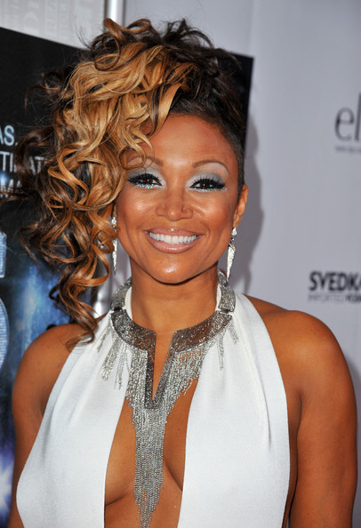 Chante Moore Pinned Up Ringlets