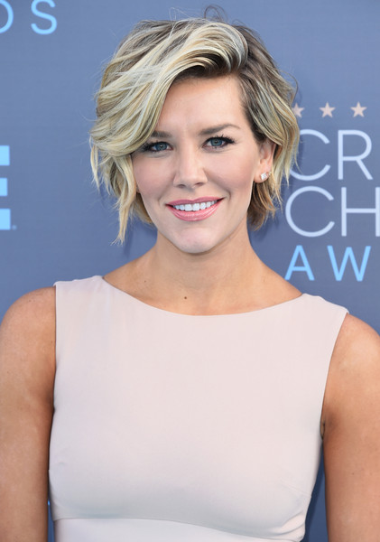 Charissa Thompson Short Wavy Cut [hair,face,blond,hairstyle,shoulder,eyebrow,chin,beauty,premiere,cocktail dress,arrivals,charissa thompson,critics choice awards,santa monica,california,barker hangar]