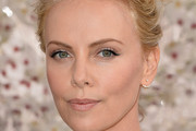 Charlize Theron Nude Lipstick
