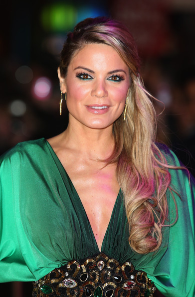 Charlotte Jackson Bright Eyeshadow [charlotte jackson,hair,hairstyle,beauty,blond,brown hair,long hair,smile,hair coloring,gambit - world film premiere,world premiere of gambit,empire leicester square,london,england]