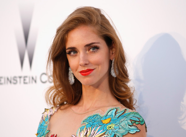 Chiara Ferragni Dangling Diamond Earrings [hair,face,lip,eyebrow,hairstyle,shoulder,beauty,skin,blond,brown hair,arrivals,chiara ferragni,harry winston,bold films,france,cap dantibes,hotel du cap-eden-roc,amfar,cinema against aids gala,22nd cinema against aids gala]