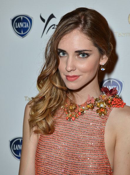 Chiara Ferragni Side Sweep [hair,face,beauty,hairstyle,lip,eyebrow,fashion,brown hair,blond,fashion model,taormina filmfest,lancia cafe,taormina,italy,celebrities,chiara ferragni]