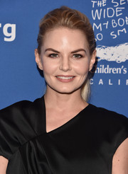 Jennifer Morrison looked simply lovely wearing this brushed-back ponytail at the Beat the Odds Awards.