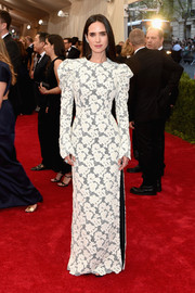 For the Met Gala, not only did Jennifer Connelly choose her favorite designer Louis Vuitton yet again, but she also opted for the bold-shouldered, patterned look that's becoming her signature. No surprise there.