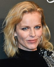 Eva Herzigova kept it casual with this subtly wavy 'do at the Chopard Space Party.