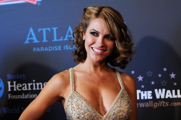 Chrishell Stause Curled Out Bob [beauty,blond,model,muscle,brown hair,smile,premiere,long hair,bikini,carpet,arrivals,chrishell stause,las vegas hilton,nevada,daytime entertainment emmy awards]