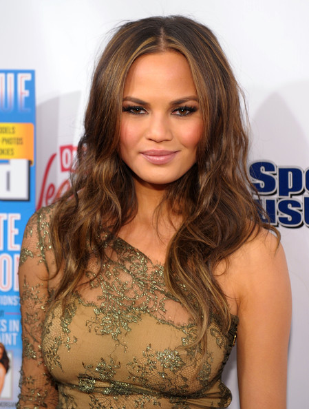 Chrissy Teigen Long Center Part
