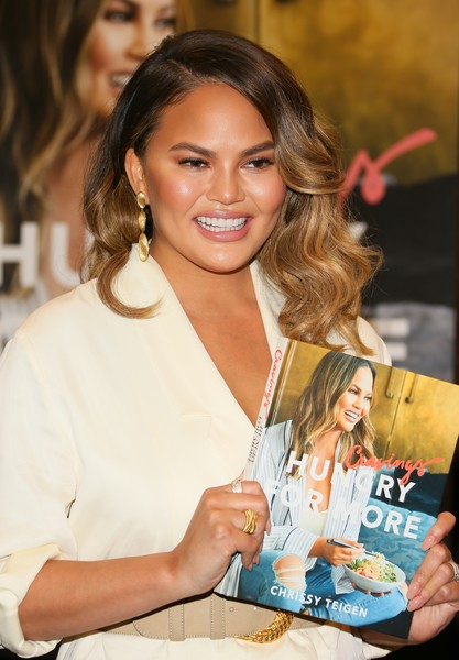 More Pics of Chrissy Teigen Blazer (1 of 9) - Outerwear Lookbook - StyleBistro [book,cravings: hungry for more,book,hair,beauty,hairstyle,brown hair,long hair,smile,layered hair,eyelash,chrissy teigen,chrissy teigen signs,copies,california,los angeles]