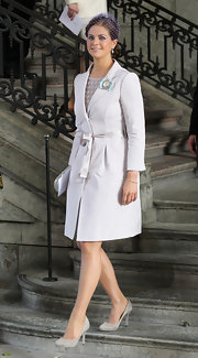 Princess Madeleine opted for a pair of dainty gray kitten heels as she made her way to the christening of Princess Elle of Sweden.