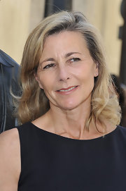 Claire Chazal's medium wavy cut lightened her load while giving her face some shape.