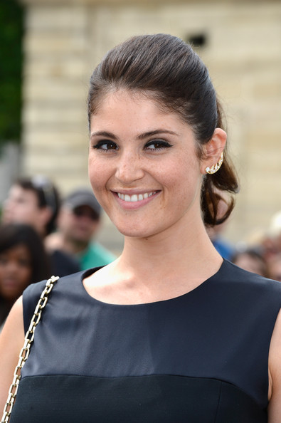 More Pics of Gemma Arterton Fitted Blouse (1 of 6) - Gemma Arterton Lookbook - StyleBistro