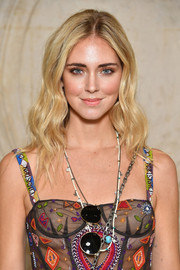 Chiara Ferragni looked oh-so-pretty with her boho waves at the Dior Spring 2018 show.