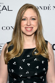 Chelsea Clinton wore her locks down with wavy ends during the Glamour Women of the Year Awards.
