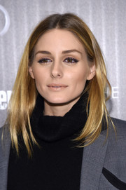 Olivia Palermo pulled off frosted nude lipstick so stylishly!