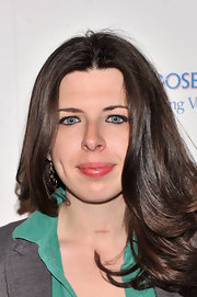 A slightly pink lip gloss gave Heather Matarazzo a cool and feminine beauty look.
