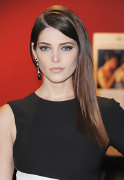 Ashley Greene did a gorgeous smoky eye in deep jade and gray for a screening of 'The Twilight Saga: Breaking Dawn Part 1.