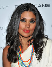 Designer Rachel Roy looked perfectly polished with long raven curls.
