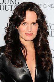 Elizabeth Reaser wore her hair in long, shiny curls at a screening of 'Young Adult.'