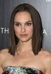 Natalie Portman looked ultra modern with her sleek-straight shoulder-length 'do at the 'Thor: The Dark World' screening in NYC.