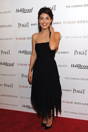 Alessandra Mastronardi was ultra feminine in a strapless black dress with an asymmetrical hem.