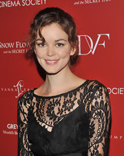 Actress Nora Zehetner looked darling on the red carpet with a curly updo.