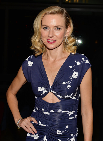 More Pics of Naomi Watts Medium Curls (2 of 4) - Naomi Watts Lookbook - StyleBistro