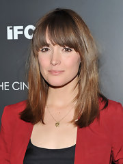 Rose Bryne kept her locks sleek and simple at the Cinema Society screening of 'Cracks.'