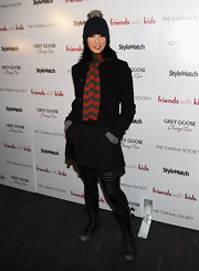 Sarah Silverman got extra bundled up on the red carpet in a black wool coat and striped scarf.