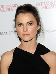 Keri Russell kept it simple and classic with this updo at the screening of 'Extraordinary Measures.'