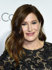 Kathryn Hahn wore a gorgeous wavy 'do at the CinemaCon Big Screen Achievement Awards.