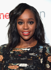 Aja Naomi King topped off her look with edgy-glam waves when she attended the CinemaCon Big Screen Achievement Awards.
