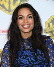 Rosario Dawson wore her long hair down in tousled waves when she attended the CinemaCon 2017 Warner Bros. Pictures presentation.