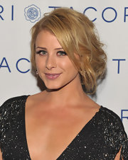 Lauren sported a loose updo while hitting the Cirque du Tacori event.
