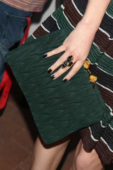 More Pics of Hailee Steinfeld Statement Ring (5 of 6) - Decorative Rings Lookbook - StyleBistro []