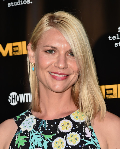 Claire Danes Medium Straight Cut [homeland,hair,blond,human hair color,eyebrow,hairstyle,beauty,chin,forehead,long hair,layered hair,claire danes,arrivals,emmy,los angeles,california,showtime,emmy fyc,event,for your consideration]