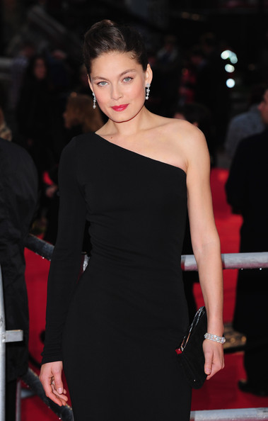 More Pics of Alexa Davalos Envelope Clutch  (2 of 10) - Alexa Davalos Lookbook - StyleBistro