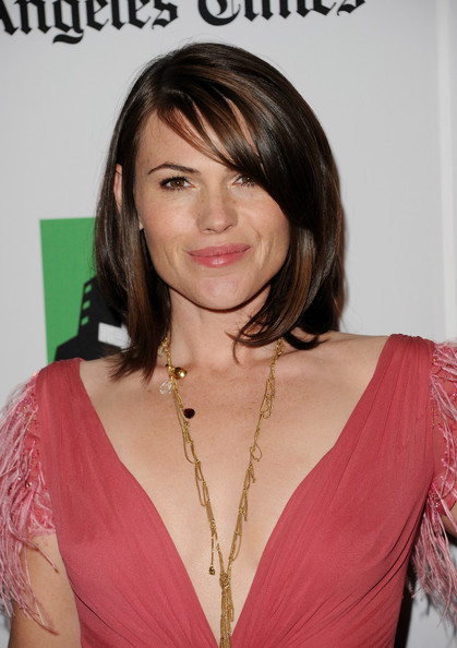 Clea DuVall Side Swiped Bangs