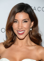 Adrianna Costa looked oh-so-romantic at the Club Tacori event with this lovely wavy 'do.