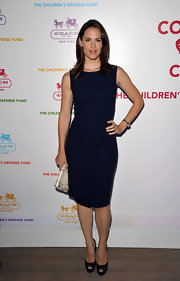 Jennifer Garner looked sophisticated in navy lace platform peep-toes.