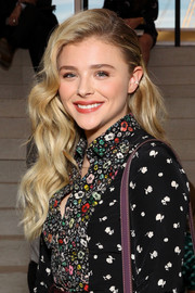 Chloe Grace Moretz looked adorable with her half-pinned waves at the Coach fashion show.