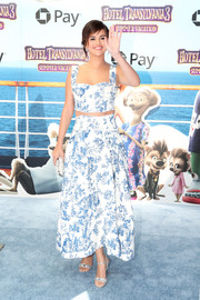Selena Gomez was summer-chic in a printed crop-top by Oscar de la Renta at the world premiere of 'Hotel Transylvania 3: Summer Vacation.'