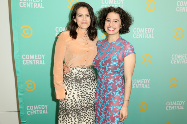 More Pics of Abbi Jacobson Medium Wavy Cut (1 of 6) - Shoulder Length Hairstyles Lookbook - StyleBistro [green,yellow,premiere,fashion,dress,event,carpet,fashion design,red carpet,flooring,abbi jacobson,ilana glazer,press,los angeles,california,viacom building,comedy central press,l]