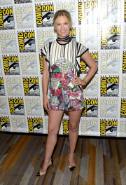 January Jones looked vibrant in her Elie Saab floral and stripes during Comic-Con International 2016.