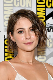Willa Holland attended Comic-Con International 2017 wearing her hair in a short wavy style.