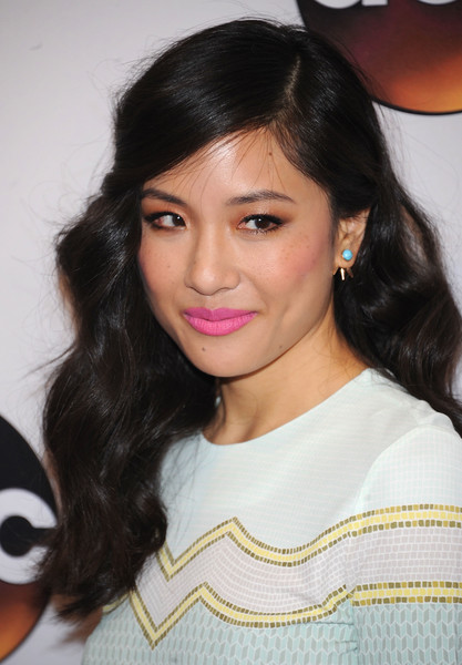 Constance Wu Pink Lipstick [abc,hair,hairstyle,eyebrow,black hair,lip,long hair,chin,beauty,forehead,cheek,david geffen hall,new york city,constance wu]