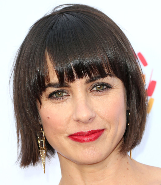 Constance Zimmer Bob [evening with women benefitting the los angeles,hair,face,hairstyle,eyebrow,chin,lip,bangs,forehead,head,bob cut,constance zimmer,los angeles,lgbt center,california,hollywood palladium,lgbt center - arrivals,an evening with women benefiting]