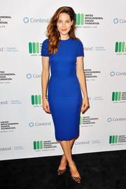 Michelle Monaghan was svelte and chic in a fitted electric-blue sheath dress at the Context Summits pre-Emmy charity event.