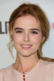 Zoey Deutch pulled her locks back into a messy, loose ponytail for Cosmopolitan's 50th birthday celebration.